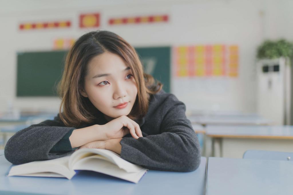 女の子の学生