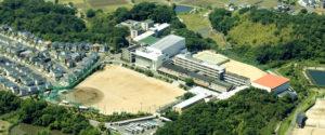 大阪向陽台高校の外観