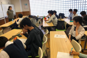 神村学園高等部プロに学ぶ仕事体験授業の画像
