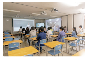 緑誠蘭高等学校はAR教室で遠隔リアル受講できるの画像