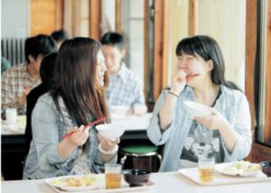 黄柳野高校は寮生活で人とのつながりを深めるの画像